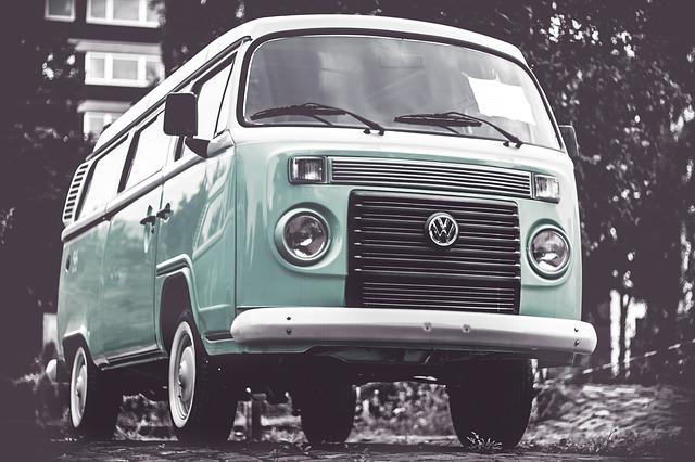 Podróże międzynarodowe czy musimy podróżować prywatnym samochodem?